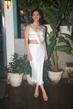 Kiara Advani_s birthday party in worli on 31st July 2019 (31)_5d429643a7f04.JPG