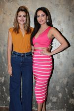 Nazia Hussain, Pooja Bisht  At The Song Launch Of Yu Hi Nahi From Film Mushkil - Fear Behind You on 31st July 2019 (27)_5d42989226734.jpg