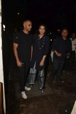 Priya Dutt spotted at izumi in bandra on 31st July 2019 (7)_5d4293f81bc55.jpg