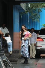 Sunny Leone with kids spotted at juhu on 1st Aug 2019 (34)_5d43e6454ba1d.JPG
