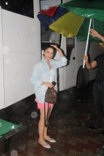 Kiara Advani spotted at andheri on 2nd Aug 2019 (9)_5d47d5eb2838c.JPG