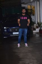 Arjun Kapoor spotted sunny sound on 4th Aug 2019 (1)_5d47d5a1ab9ed.JPG