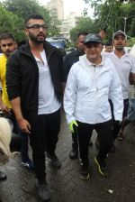 Arjun Kapoor will be flagging off the 2nd edition of the Beach clean up drive at Carter Road in Mumbai on Sunday on 4th Aug 2019 (15)_5d47d52c7162c.jpg