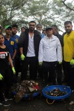 Arjun Kapoor will be flagging off the 2nd edition of the Beach clean up drive at Carter Road in Mumbai on Sunday on 4th Aug 2019 (2)_5d47d51603f2c.jpg