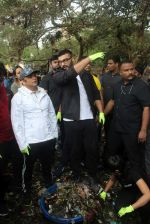 Arjun Kapoor will be flagging off the 2nd edition of the Beach clean up drive at Carter Road in Mumbai on Sunday on 4th Aug 2019 (4)_5d47d5198ecc5.jpg