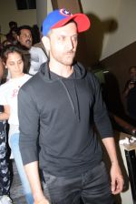 Hrithik Roshan spotted at pvr juhu on 4th Aug 2019 (53)_5d492a2e2e8a4.JPG