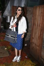 Isha Koppikar spotted at indigo in bandra on 5th Aug 2019 (14)_5d4929e012211.JPG