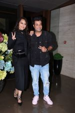 Sonakshi Sinha, Varun Sharma at Jacky Bhagnani_s party at bandra on 5th Aug 2019 (262)_5d492cd511b45.JPG