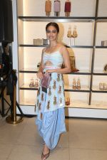 Kriti Kharbanda at the launch of Charles & Keith_s wedding collection in Phoenix lower parel on 6th Aug 2019 (7)_5d4a7bd08ec11.jpg