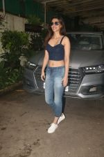 Kriti Sanon spotted at sunny sound juhu on 6th Aug 2019 (11)_5d4a7bb5232a3.JPG