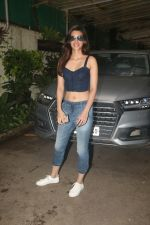 Kriti Sanon spotted at sunny sound juhu on 6th Aug 2019 (12)_5d4a7bb9e6028.JPG