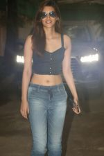 Kriti Sanon spotted at sunny sound juhu on 6th Aug 2019 (5)_5d4a7b9866907.JPG