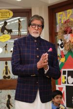 Amitabh Bachchan at the launch of Ndtv Banega Swasth India Season 6 in juhu on 19th Aug 2019 (63)_5d5ba5be954b5.jpg