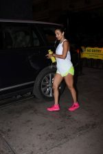Malaika Arora spotted at gym in bandra on 19th Aug 2019 (10)_5d5b9e7a26d4f.JPG
