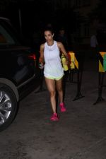 Malaika Arora spotted at gym in bandra on 19th Aug 2019 (6)_5d5b9e6d8b4f1.JPG
