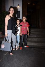 Manyata Dutt with kids Iqra & Shahran spotted at ministry of crabs in bandra on 19th Aug 2019 (12)_5d5b9e97eb86e.JPG