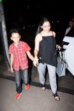 Manyata Dutt with kids Iqra & Shahran spotted at ministry of crabs in bandra on 19th Aug 2019 (8)_5d5b9e840268a.JPG