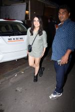 Radhika Madan spotted at farmer_s cafe bandra on 19th Aug 2019 (15)_5d5b9eaf180b5.JPG