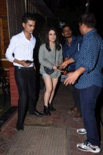 Radhika Madan spotted at farmer_s cafe bandra on 19th Aug 2019 (7)_5d5b9e9b42461.JPG