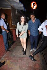 Radhika Madan spotted at farmer_s cafe bandra on 19th Aug 2019 (8)_5d5b9e9ec4092.JPG