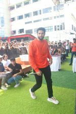 Siddhant Chaturvedi at the umang festival at Mithibai College in vile Parle on 19th Aug 2019 (4)_5d5ba4ed0c19e.JPG