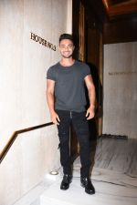 Aayush Sharma at Manish Malhotra_s party at his home in bandra on 20th Aug 2019 (173)_5d5cf8e07ce13.JPG