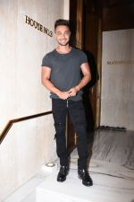 Aayush Sharma at Manish Malhotra_s party at his home in bandra on 20th Aug 2019 (177)_5d5cf8e6bcf43.JPG