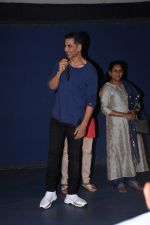 Akshay Kumar attends the special screening of film Mission Mangal hosted for BMC workers at plaza cinema in Dadar on 20th Aug 2019 (36)_5d5cf5428b956.JPG