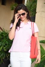 Konkana Bakshi spotted at dental clinic in bandra on 20th Aug 2019 (18)_5d5ce69614cd9.JPG