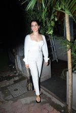 Sanya Malhotra spotted at kitchen garden juhu on 20th Aug 2019 (9)_5d5ce6a9eed56.JPG