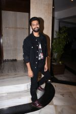 Vicky Kaushal at Manish Malhotra_s party at his home in bandra on 20th Aug 2019 (260)_5d5cfb0dd7423.JPG