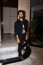 Vicky Kaushal at Manish Malhotra_s party at his home in bandra on 20th Aug 2019 (262)_5d5cfb10b6631.JPG