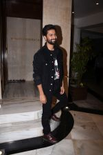 Vicky Kaushal at Manish Malhotra_s party at his home in bandra on 20th Aug 2019 (264)_5d5cfb13d079b.JPG