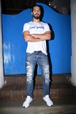 Dino Morea at Nikhil Advani_s party at olive bandra on 21st Aug 2019 (53)_5d5e826965e5c.JPG
