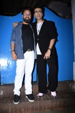 Karan Johar at Nikhil Advani_s party at olive bandra on 21st Aug 2019 (1)_5d5e834c27aca.JPG