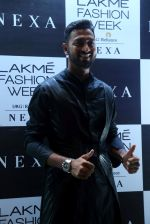 Krunal Pandya at Lakme Fashion Week 2019 on 21st Aug 2019 (2)_5d5e458d382ed.JPG
