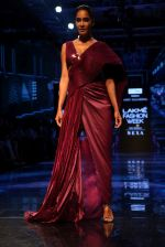 Lisa Haydon walk the ramp at Lakme Fashion week 2019 for designer Amit Aggarwal on 21st Aug 2019 (24)_5d5e44fb60cb4.JPG