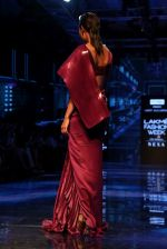 Lisa Haydon walk the ramp at Lakme Fashion week 2019 for designer Amit Aggarwal on 21st Aug 2019 (28)_5d5e450441abf.JPG