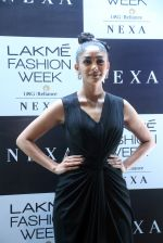 Mrunal Thakur at Lakme Fashion Week 2019 on 21st Aug 2019  (28)_5d5e464fbeeef.JPG