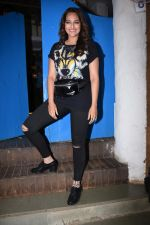 Sonakshi Sinha at Nikhil Advani_s party at olive bandra on 21st Aug 2019 (425)_5d5e8497f3fa3.JPG