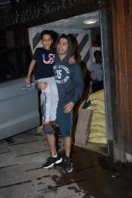 Varun Dhawan spotted at gym in juhu on 21st Aug 2019 (14)_5d5e47811a346.JPG