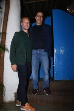 Vidhu Vinod Chopra at Nikhil Advani_s party at olive bandra on 21st Aug 2019 (237)_5d5e84e0d056a.JPG
