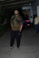 Arjun Kapoor spotted sunny sound juhu on 22nd Aug 2019 (17)_5d5f931a4d2c6.JPG
