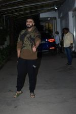 Arjun Kapoor spotted sunny sound juhu on 22nd Aug 2019 (18)_5d5f931e8c15d.JPG