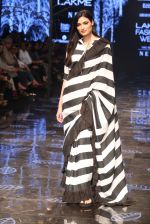 Athiya Shetty walk the ramp for designer Abraham & Thakore at Lakme Fashion Week 2019 on 22nd Aug 2019 (17)_5d5f8d83b1522.JPG