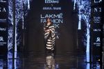 Athiya Shetty walk the ramp for designer Abraham & Thakore at Lakme Fashion Week 2019 on 22nd Aug 2019 (25)_5d5f8d9579cb5.JPG
