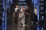 Athiya Shetty walk the ramp for designer Abraham & Thakore at Lakme Fashion Week 2019 on 22nd Aug 2019 (28)_5d5f8d9e1baf5.JPG