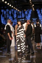 Athiya Shetty walk the ramp for designer Abraham & Thakore at Lakme Fashion Week 2019 on 22nd Aug 2019 (44)_5d5f8dbe65935.JPG