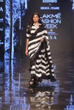 Athiya Shetty walk the ramp for designer Abraham & Thakore at Lakme Fashion Week 2019 on 22nd Aug 2019 (5)_5d5f8d6e4f9c4.JPG