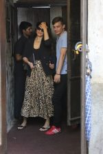 Jacqueline Fernandez spotted at palli bhavan restaurant at bandra on 22nd Aug 2019 (3)_5d5f931f30bab.JPG